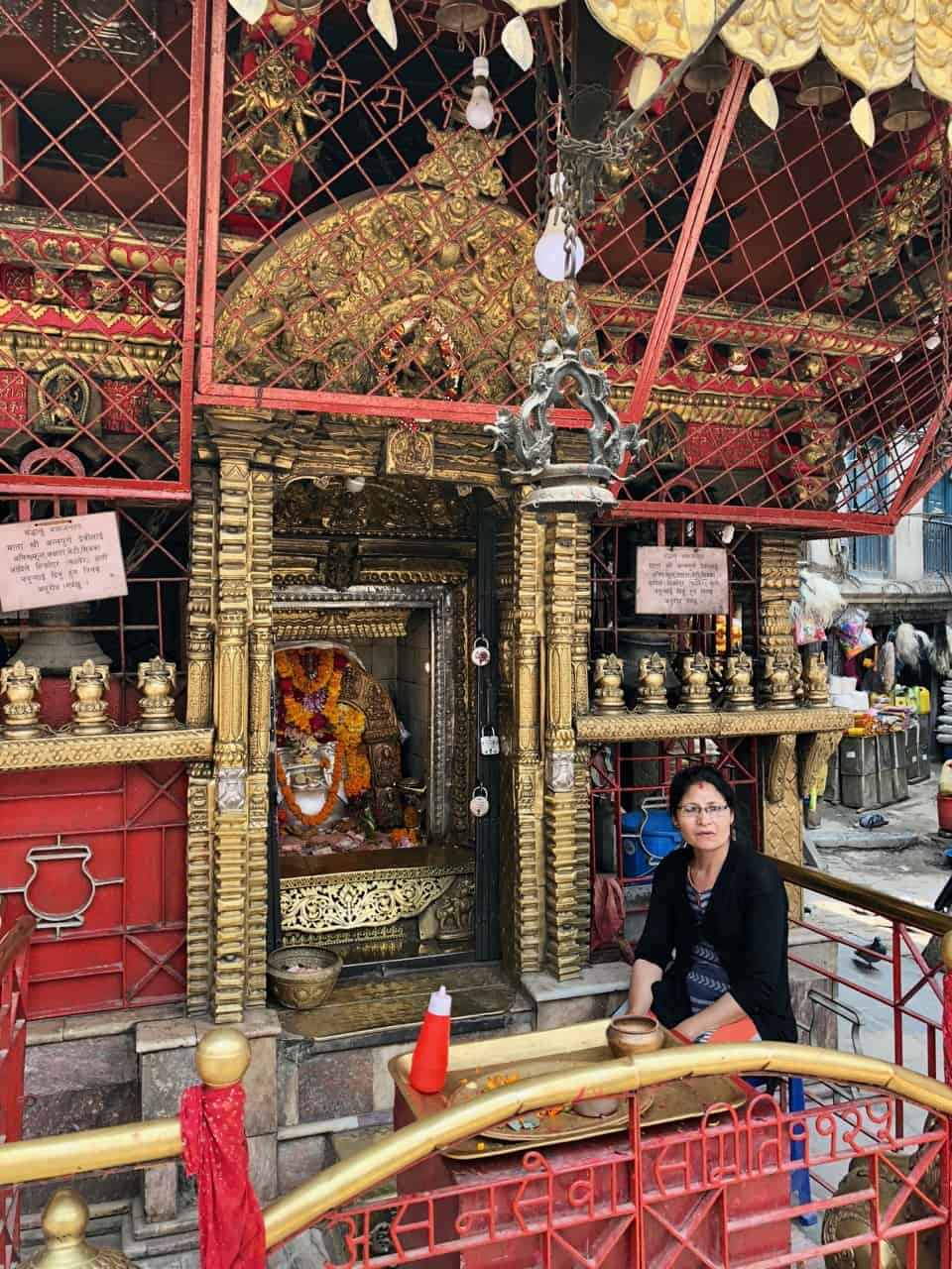 kathmandu-temple-shrine-photo
