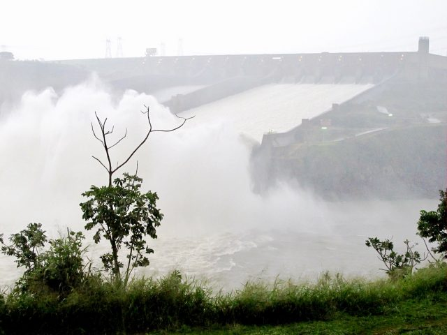 itaipu-dam-open-photo