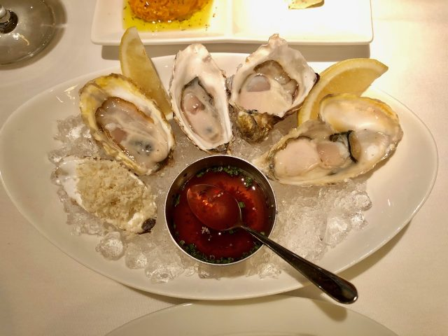 best-oysters-restaurant-vancouver-photo