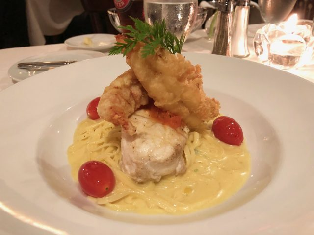 seafood-pasta-le-crocodile-vancouver-photo