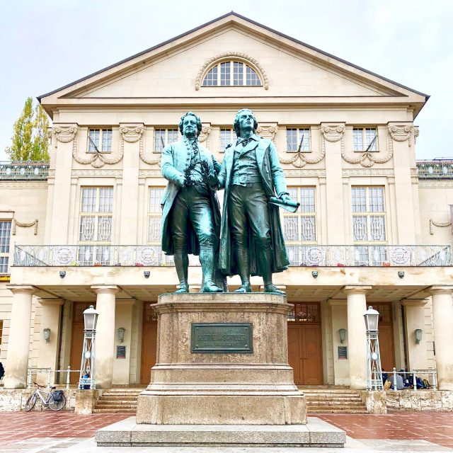 goethe-schiller-statue-weimar-photo
