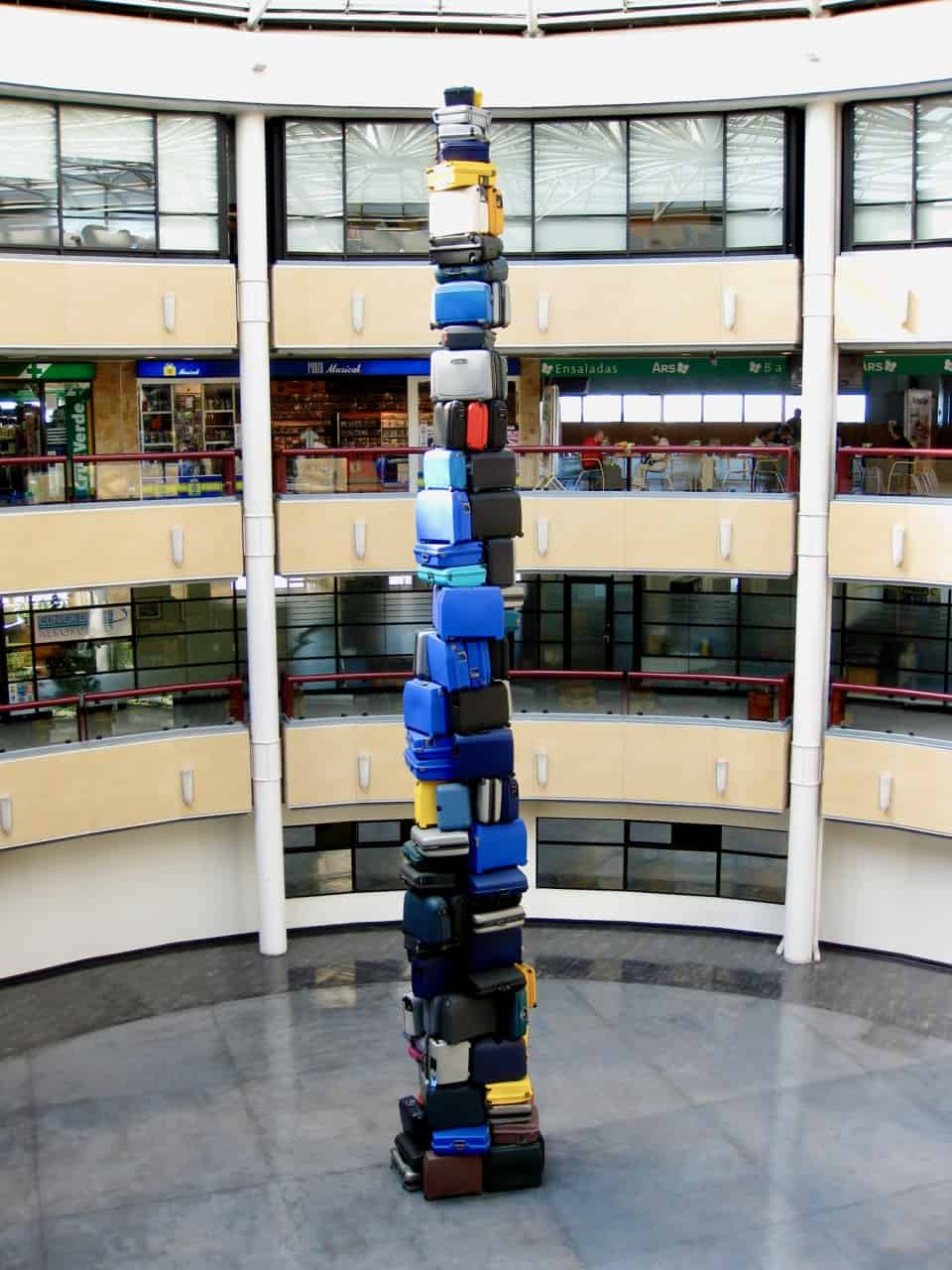 tower-of-bags-santiago-airport-photo