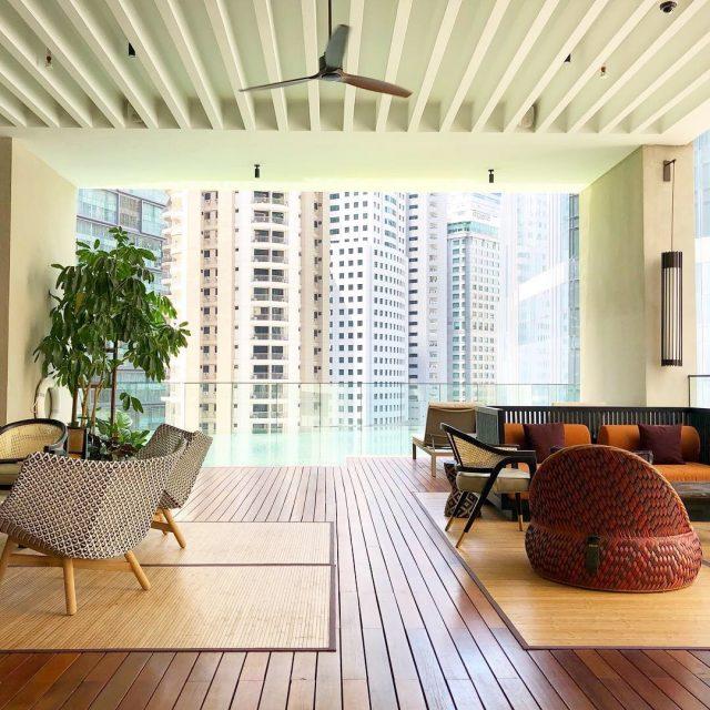 the-ruma-hotel-sixth-floor-pool-lounge-photo