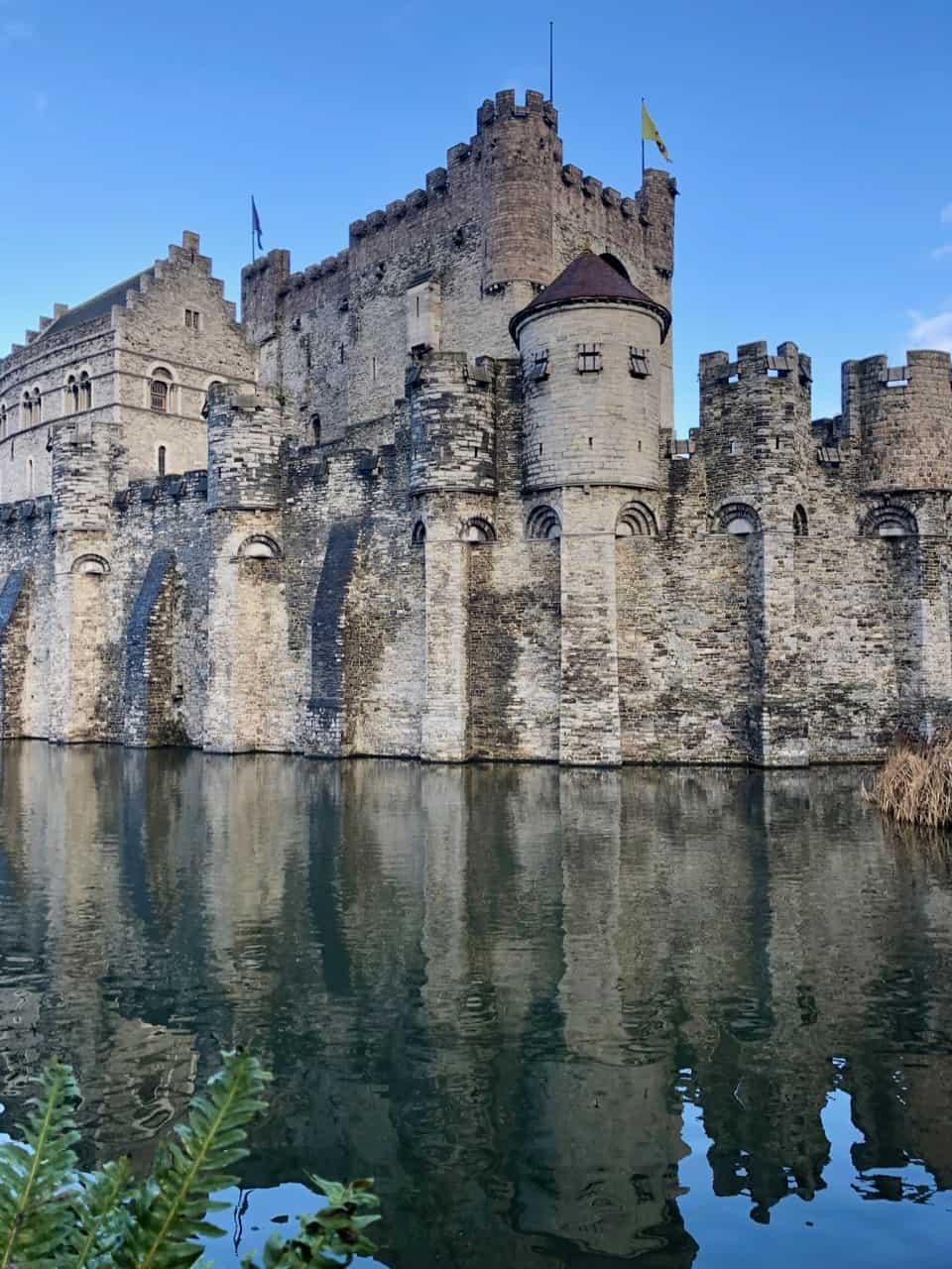 gravensteen-castle-counts-ghent-photo
