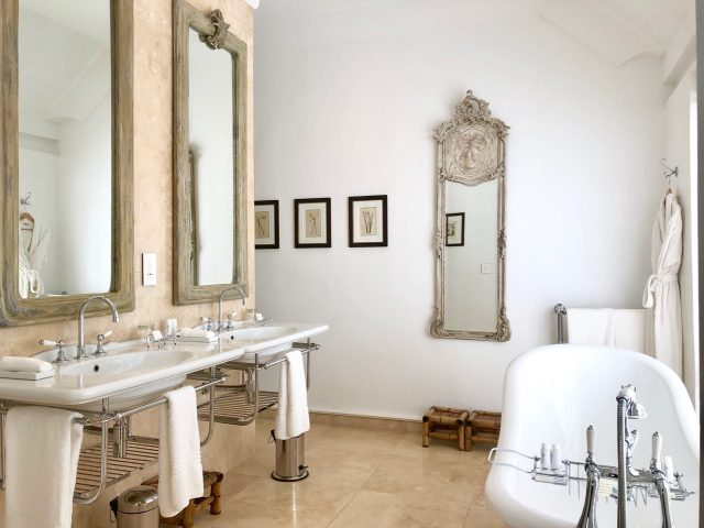 lanzerac-hotel-and-spa-suite-bathroom-photo