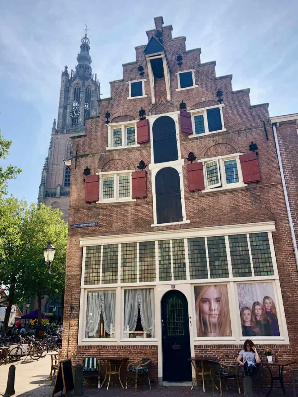 beautiful-gable-house-amersfoort-photo