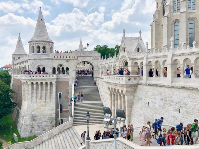 fishermans-bastion-budapest-tourists