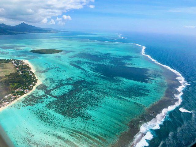 mauritius lagoon aerial view
