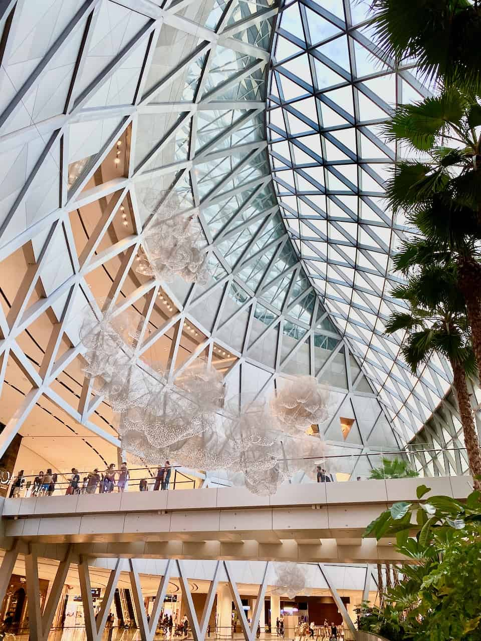 jewel-changi-crystal-clouds-photo