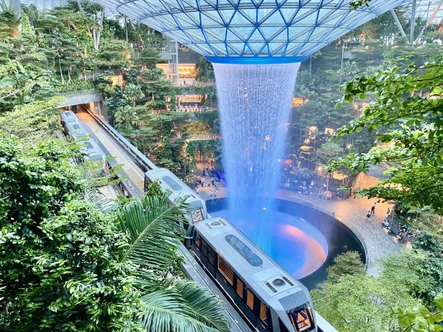changi-skytrain-jewel-photo