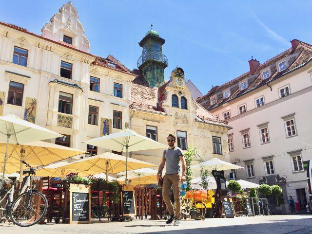 Glockenspielplatz-graz-photo
