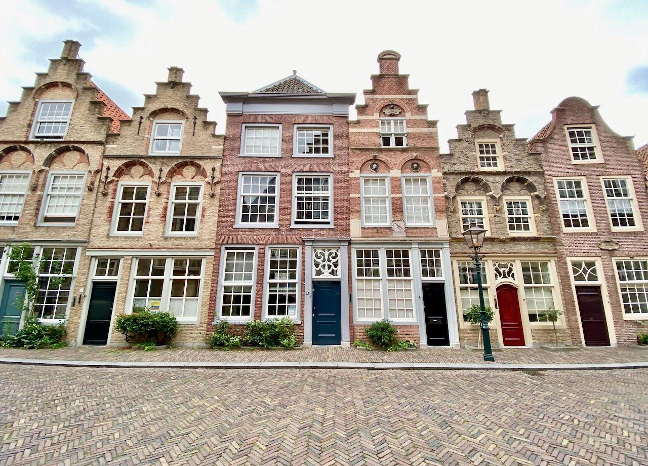 hofstraat-dordrecht-houses-photo