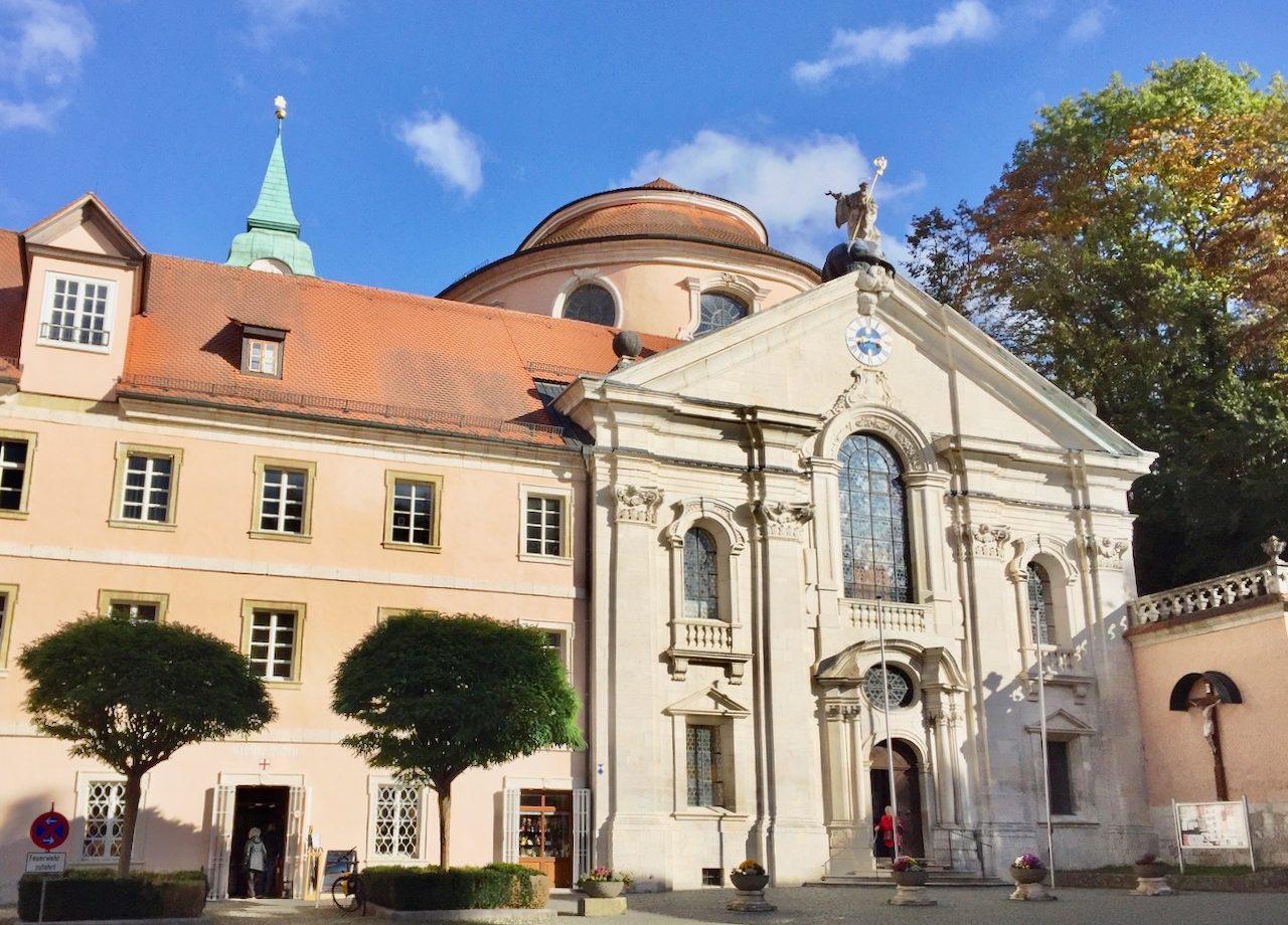 weltenburg-oldest-monastic-brewery-world-photo
