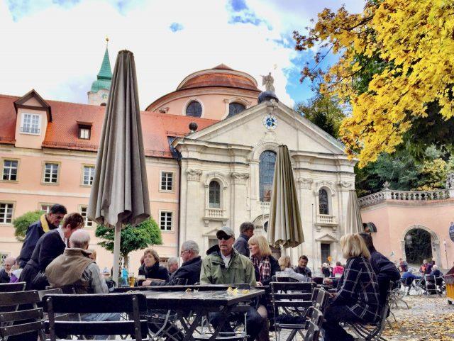 weltenburg-beer-garden-photo