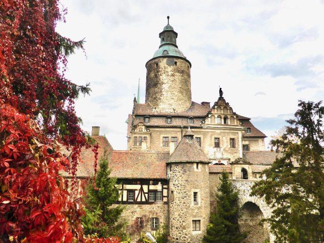 czocha-castle-ghost-story-photo