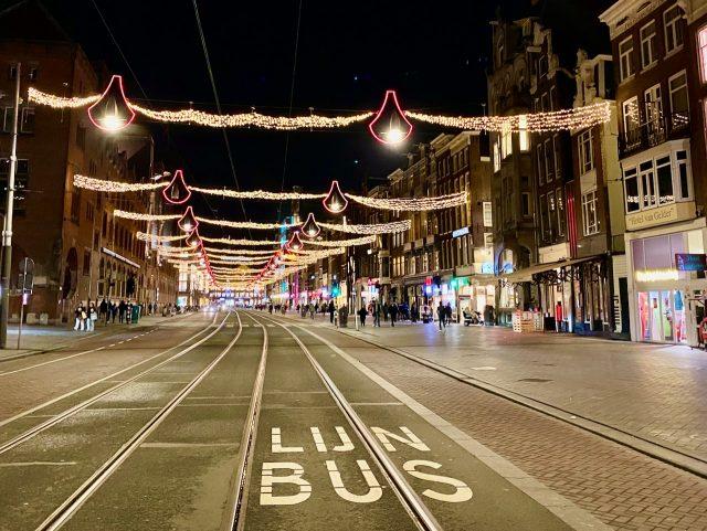 damrak-amsterdam-photo